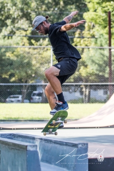 2018 - August - McGinn - Skateboarding with Friends-44